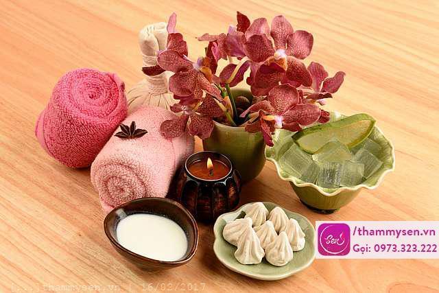 chăm sóc da mặt kết hợp các loại thảo dược