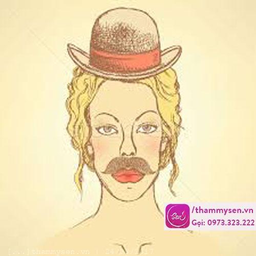 tẩy ria mép ở phụ nữ