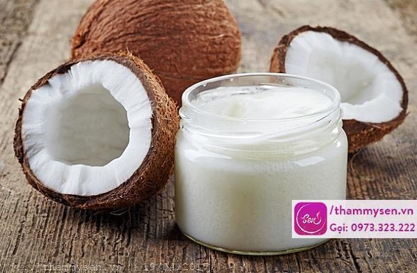 Làm trấng da bằng dầu dừa