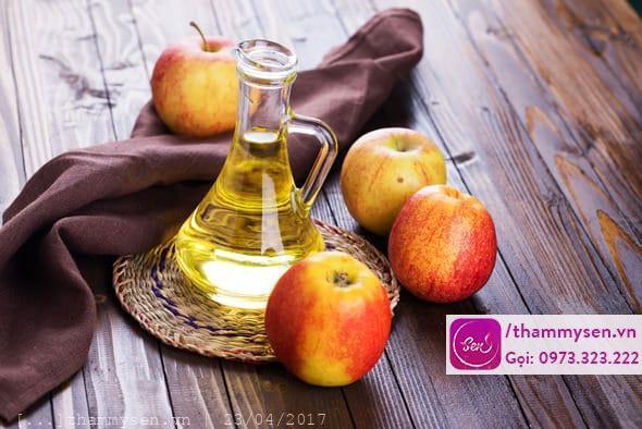 Cách trị mụn bằng giấm táo đơn giản tự nhiên tại nhà