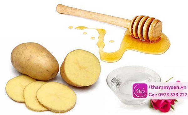 làm trắng da bằng khoai tây và mật ong