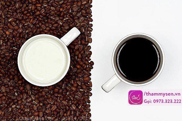 làm trắng da cho nam bằng bã cà phê và sữa tươi