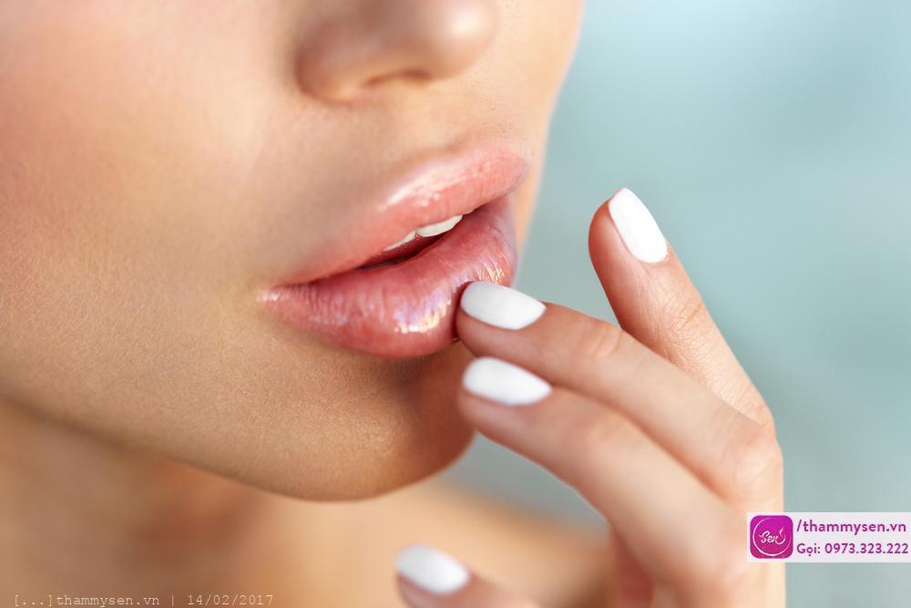 Phun môi pha lê collagen, Phun môi pha lê collagen đẹp nhất ở Hà Nội