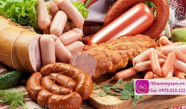 hạn chế ăn thực thực chế biến sẵn sẽ giúp bạn giảm cân an toàn và hiệu quả