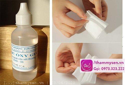 Sử dụng oxy già để làm ria mép rụng dần